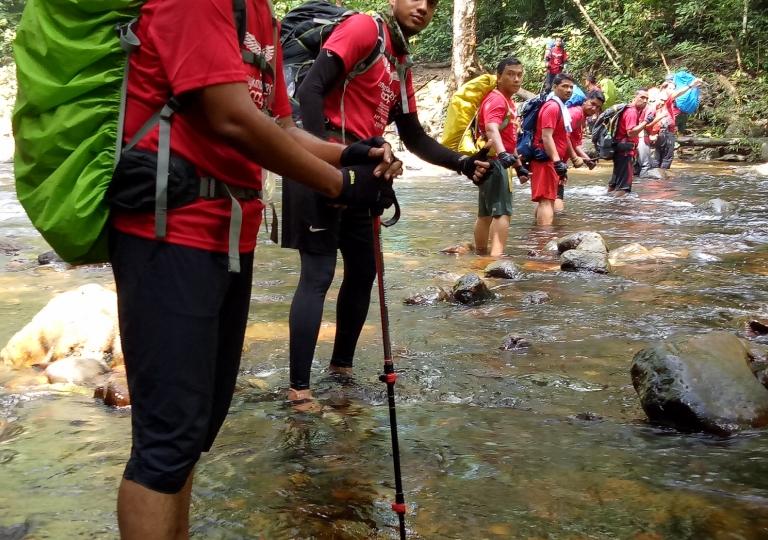 ANGKASA Hikers from ANGKASA KESKA